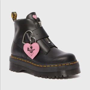 Dr. Martens Lazy Oaf boot